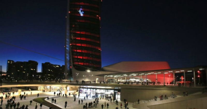 "The night of Milan lighted up by the lasers of ""Hadid"" Tower at the opening of Citylife Shopping District"