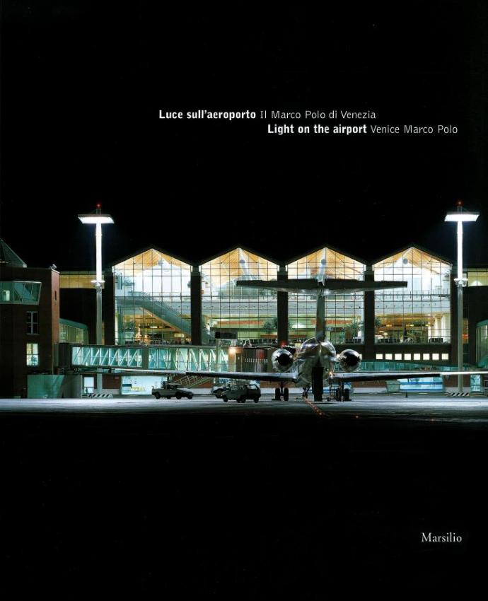 Luce sull'aeroporto